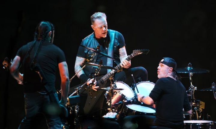Metallica Set North American Arena Leg of WorldWired Tour