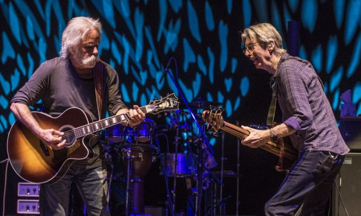 Bob Weir and Phil Lesh Get Thrillingly Loose at New York Tour Openers
