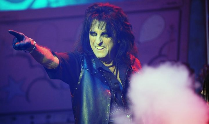 Alice Cooper Announces North American Paranormal Evening Tour
