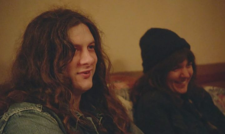 Watch Kurt Vile, Courtney Barnett Backstage, Talk Fast Friendship in New Doc