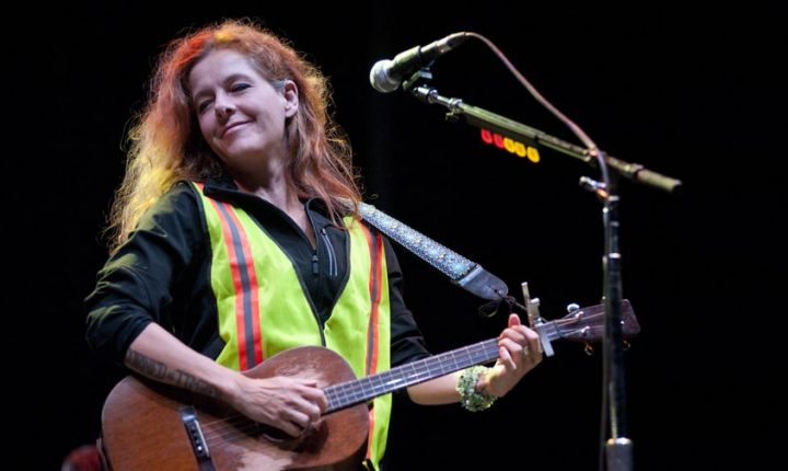 Hear Neko Case Preview New LP 'Hell-On' With Smoldering Title Song