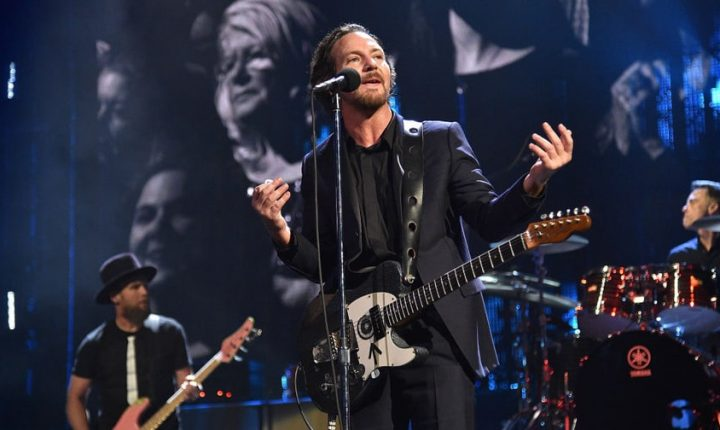 Pearl Jam Unveil New Protest Song 'Can't Deny Me'