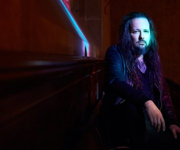 Korn's Jonathan Davis Details Solo LP 'Black Labyrinth' With Song Samples