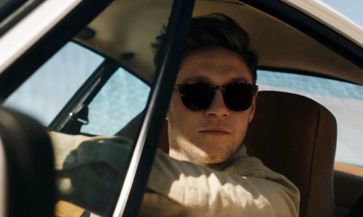 Watch Niall Horan Scour the Desert for Love in 'On the Loose' Video
