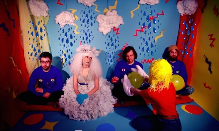 Watch Speedy Ortiz Fail Happiness Class in 'Lean In When I Suffer' Video