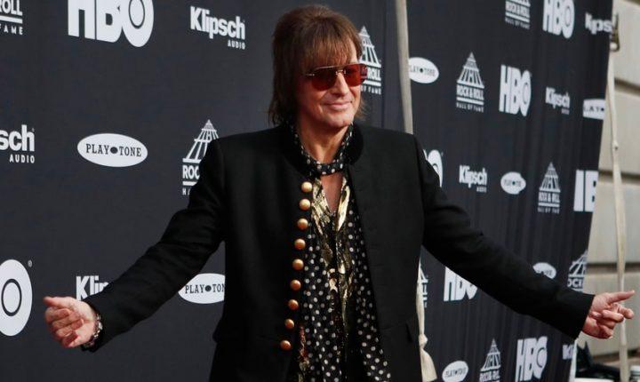 Richie Sambora Talks Bon Jovi Reunion at Rock Hall: 'There's a Lot of Love Here'