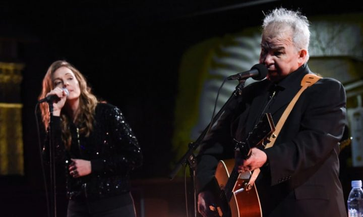 John Prine: The Singing Mailman Delivers At Radio City