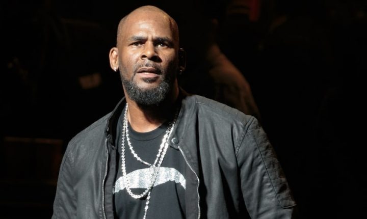R. Kelly's Lawyer, Publicist Sever Ties With Singer