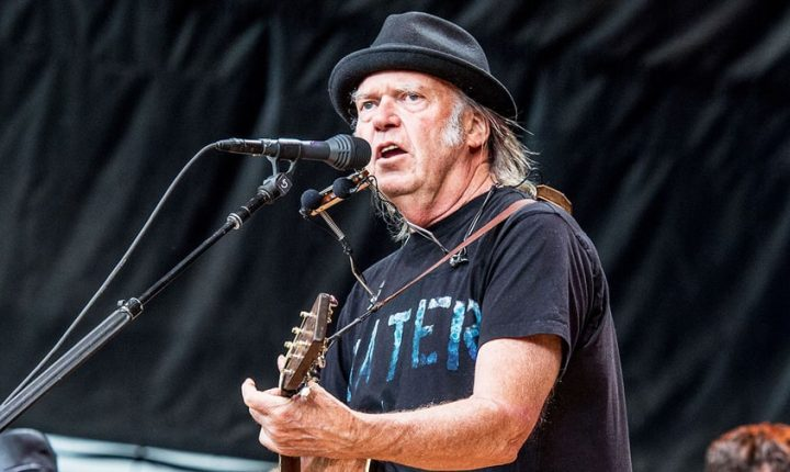 Crazy Horse: Nils Lofgren In, 'Poncho' Sampedro Out as Neil Young Plots New Gigs