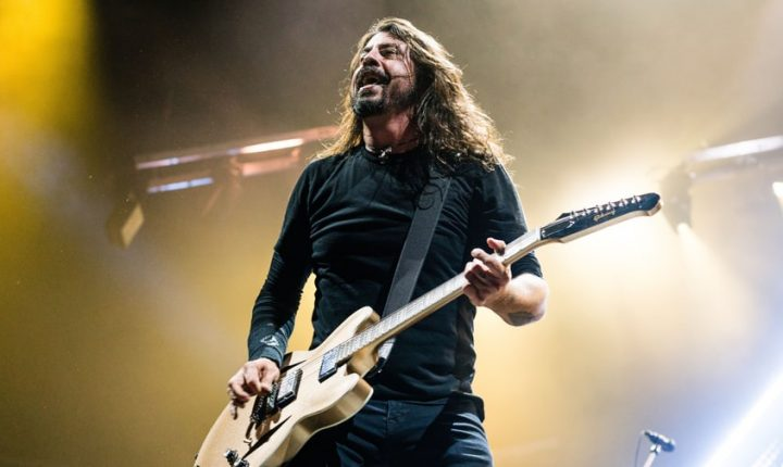 Dave Grohl: Trump 'Seems Like a Massive Jerk'