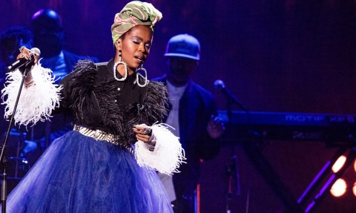 Watch Lauryn Hill Rework 'Ex-Factor' With Drake's 'Nice for What'