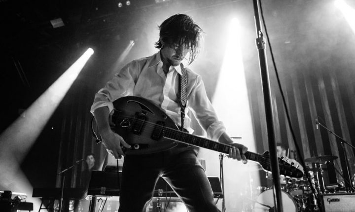 Review: Arctic Monkeys' 'Tranquility Bass Hotel' Is a Space-Lounge Odyssey