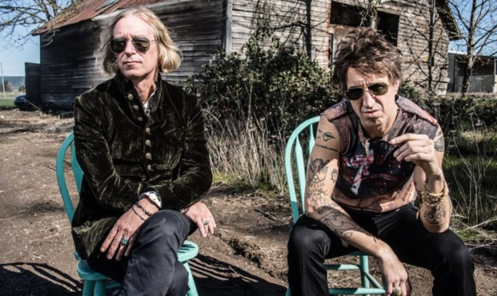 Joseph Arthur, Peter Buck Wander Through Oregon in 'Are You Electrified?'