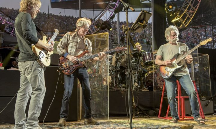 Inside the Grateful Dead's Complicated Afterlife