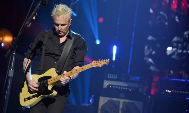 Pearl Jam's Mike McCready, KT Tunstall Honor Protests With Tom Petty Song