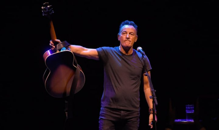 Bruce Springsteen to Win Special Tony Award for Hit Stage Production