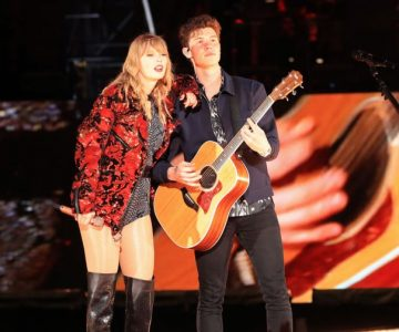 Watch Taylor Swift Bring Out Shawn Mendes at Rose Bowl Concert