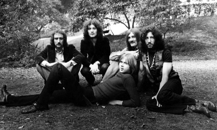 Flashback: Fleetwood Mac Play the Blues With the Late Danny Kirwan