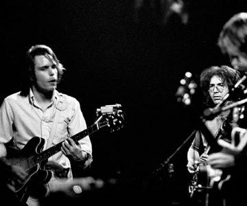 "Hear Grateful Dead's Epic 'Truckin"" Jam From New 'Pacific Northwest '73-'74' Box"