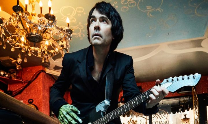 Jon Spencer Previews Debut Solo Album With Raw 'Do the Trash Can'