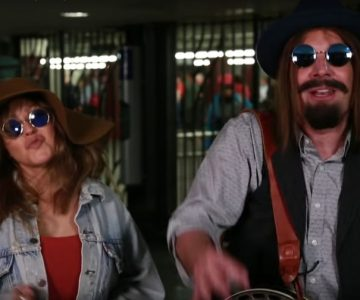 Watch Christina Aguilera, Jimmy Fallon Busk in Disguise in NYC Subway